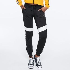 PINK Ultimate Color Block Jogger